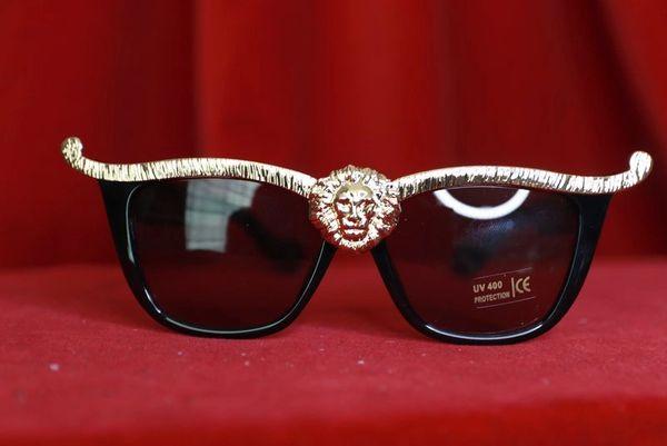 8395 2 Colors Lion Sunglasses