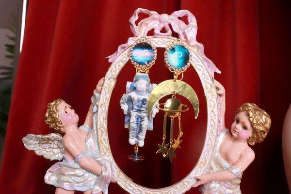 8399 Celestial 3D Effect Astronauts Unusual Light Weight Earrings