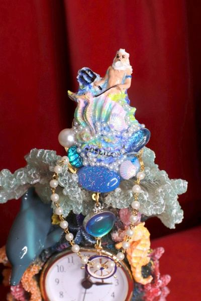 8401 Baroque 3D Effect Hand Painted Poseidon Genuine Opal Unique Brooch