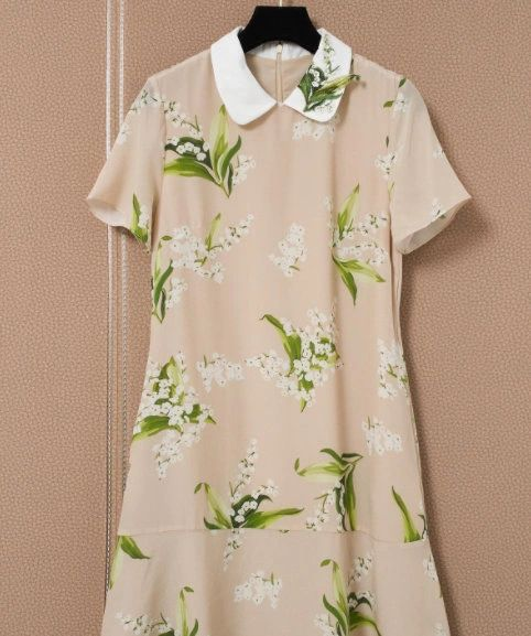8412 Runway 2021 Lily Of The Valley Flower Print Midi Dress