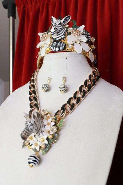 8425 Set Of Runway 2021 Designer Inspired Jungle Zebras Necklace+ Earrings