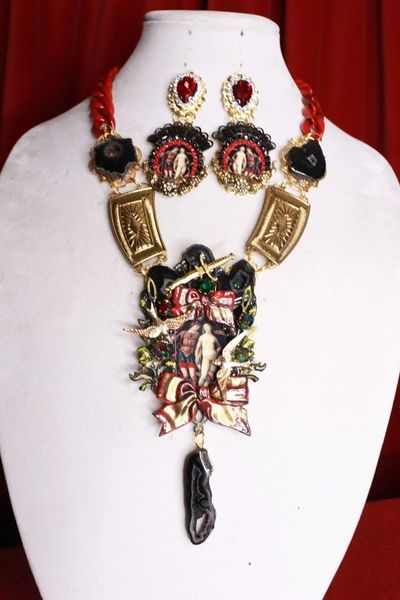 SOLD! 8471 Set Of Vintage Painting Couple Bows Massive Necklace+ Earrings