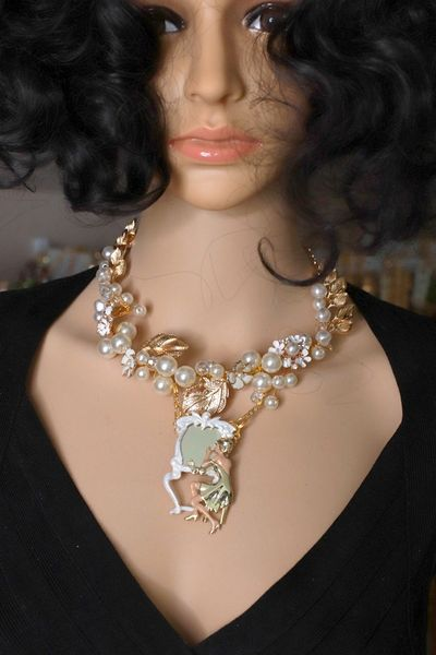 8501 Art Deco Gold tone Lady In The Mirror Pearl Elegant Necklace