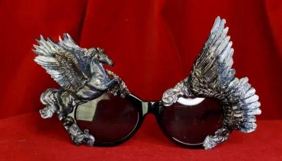 8522 Baroque Black Pegasus Winged Embellished Sunglasses