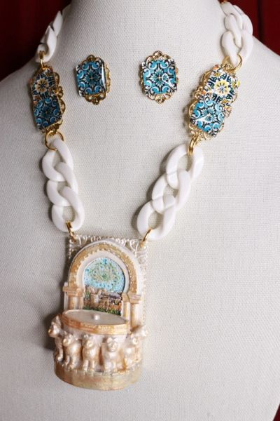 8562 Set Of 3D Effect Fountain Tile Necklace+ Earrings