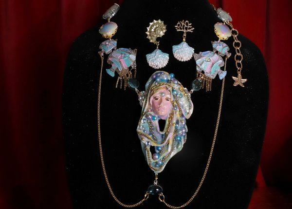 8615 Set Of Art Deco Nautical Mermaid Face Pearl Huge Necklace+ Earrings