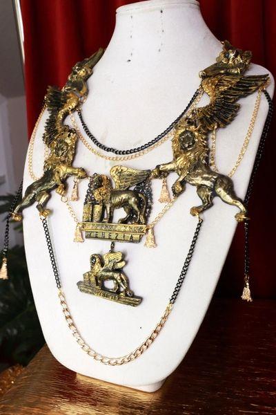 8659 Medieval Art Jewelry 3D Effect Hand Painted Lions Venezia Necklace