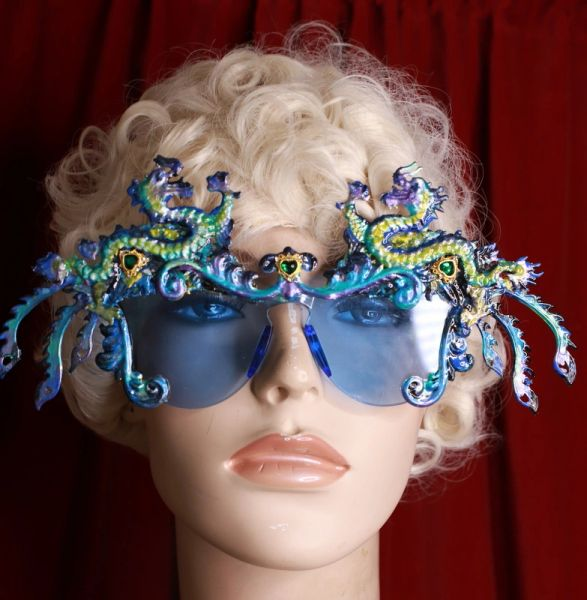 8660 Baroque Gold Asian Dragons Iridescent Embellished Sunglasses