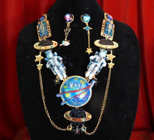 8662 Set Of Celestial NASA Astronauts Iridescent Necklace+ Earrings