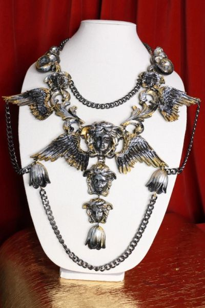 SOLD! 8665 Medieval Art Jewelry 3D Effect Hand Painted Heads Effect Venezia Necklace