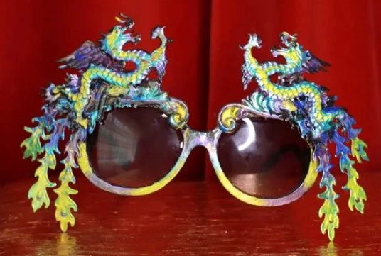 8673 Baroque Gold Asian Dragons Iridescent Embellished Sunglasses