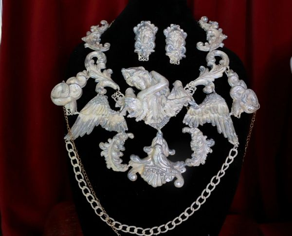 8696 Set Of Medieval Art Jewelry 3D Effect Hand Painted Roman Statue Stone effect Necklace