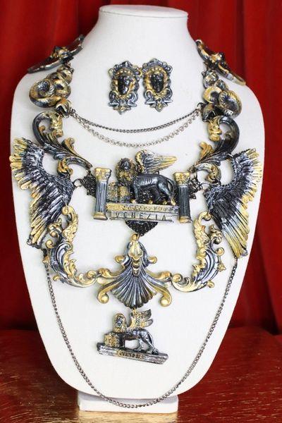 8697 Set Of Medieval Art Jewelry 3D Effect Hand Painted 3D Effect Venezia Necklace