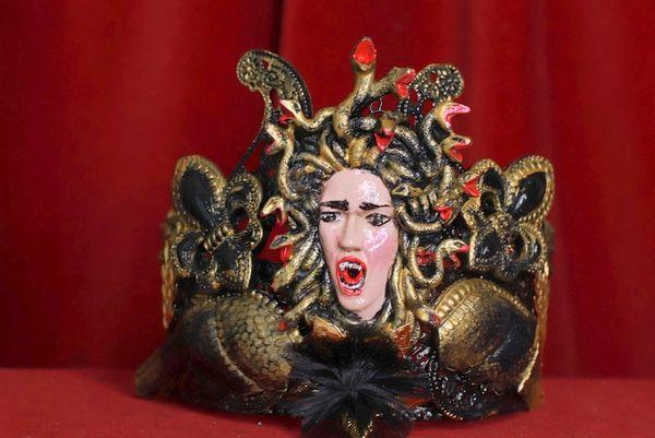 8735 Halloween Medusa Gorgon Winged Effect Crown Headband