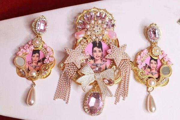 SOLD! 8753 Audrey Hepburn Stars Bow Massive Brooch