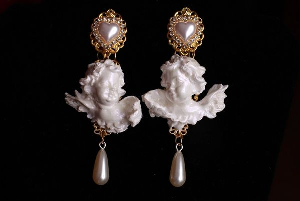 8788 Large Pearlish Chubby Cherubs Angels Shell Light Weight Studs Earrings