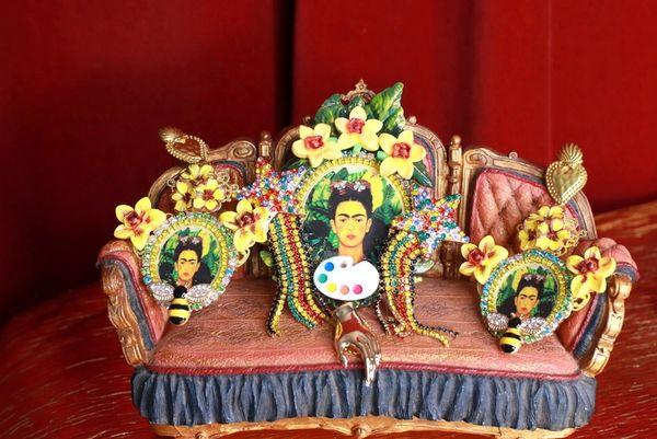 8790 Set Of Brooch+ Earrings Frida Kahlo Fuchsia Flower Jungle