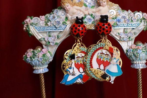 8801 Alice In Wonderland Queen Of Hearts Massive Fuchsia Studs Earrings