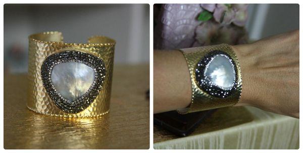 1155 Huge Biwa Pearl Paved Gold Tone Cuff Bangle
