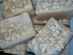 Grapefruit and Coriander Beer Soap