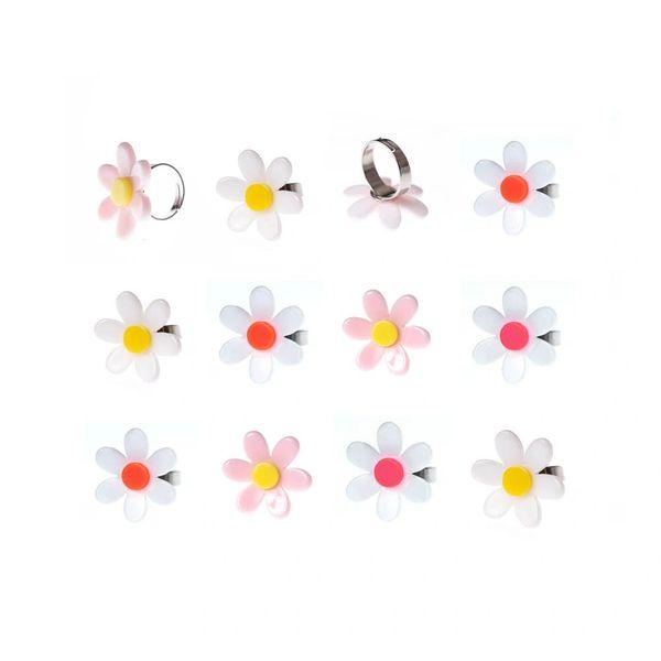 Daisy Ring - Lilies & Roses NY