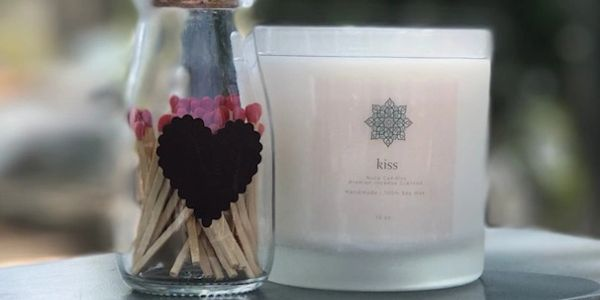 Valentine's Day Kiss Candle