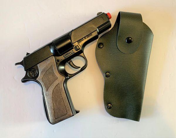 Gonher 2pc M1911 Style Police 8 Shot Diecast Cap Gun & Holster Set - Black