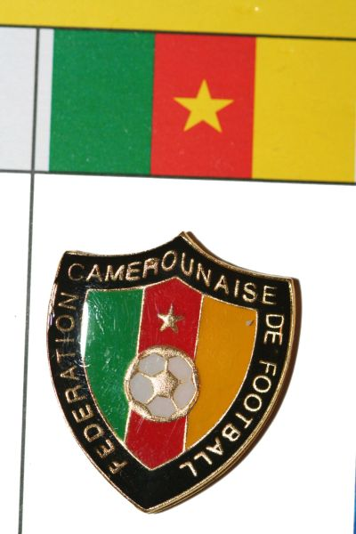 """CAMEROON - FIFA WORLD CUP SOCCER LOGO LAPEL PIN BADGE .. SIZE : 7/8"""" X 1"""" INCHES .. NEW"""