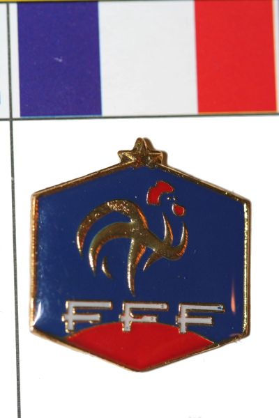 "FRANCE - FIFA WORLD CUP SOCCER FFF LOGO LAPEL PIN BADGE .. SIZE : 1"" X 1"" INCHES .. NEW"