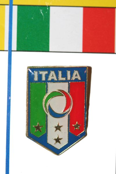 "ITALIA - FIFA WORLD CUP SOCCER FIGC LOGO LAPEL PIN BADGE .. SIZE : 3/4"" X 1"" INCHES .. NEW"