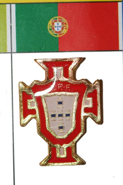 "PORTUGAL - FIFA WORLD CUP SOCCER LOGO LAPEL PIN BADGE .. SIZE : 1"" X 1 1/8"" INCHES .. NEW"