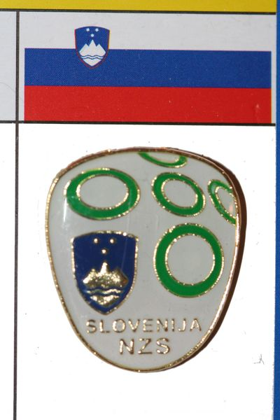 "SLOVENIA - FIFA WORLD CUP SOCCER LOGO LAPEL PIN BADGE .. SIZE : 7/8"" X 1"" INCHES .. NEW"