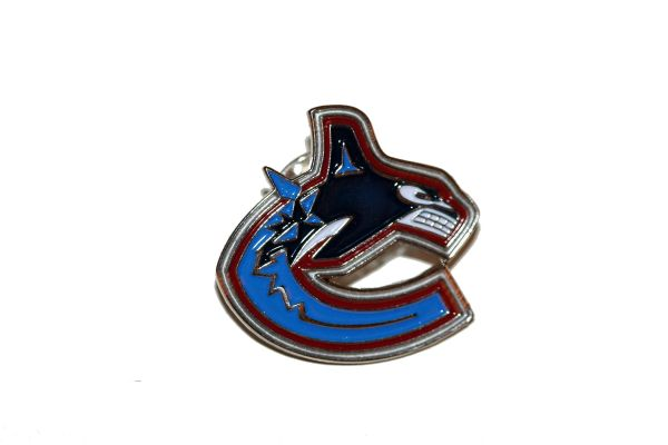 VANCOUVER CANUCKS NHL LOGO METAL LAPEL PIN BADGE .. NEW