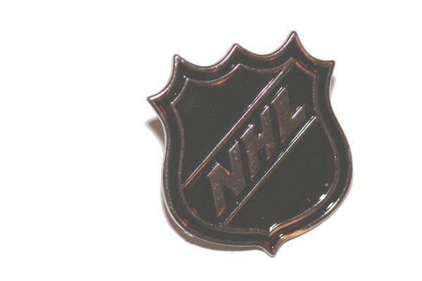 NHL LOGO METAL LAPEL PIN BADGE .. NEW