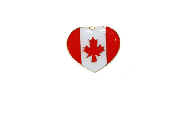 CANADA HEART SHAPE COUNTRY FLAG LAPEL PIN BADGE .. NEW AND IN A PACKAGE