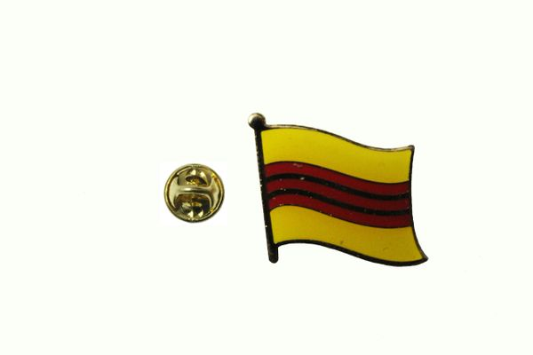 VIETNAM SOUTH NATIONAL COUNTRY FLAG METAL PIN BADGE .. 3/4 X 3/4 INCH .. NEW