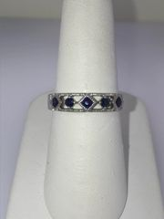14KT WHITE GOLD SAPPHIRE RING