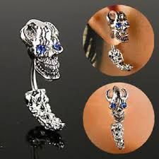 Curved Skull Head & Tail with Gem