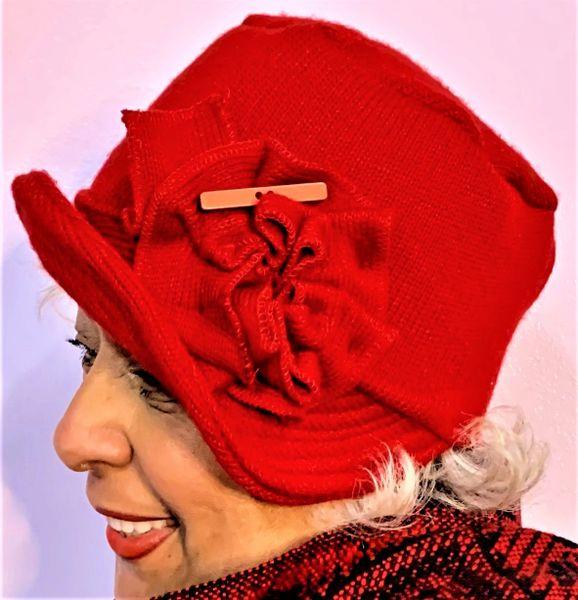 Xmas red knit Babbitt brim