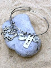 Joined at the Heart Mother/Daughter Expandable Bangle Trio