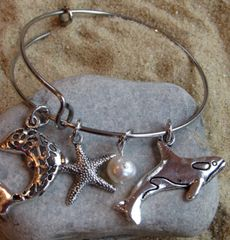 Pearls and Fishies Expandable Bangle