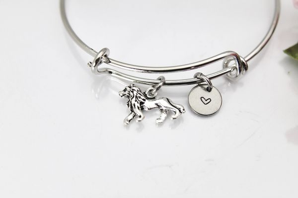 Silver Lion Charm Bracelet, B127
