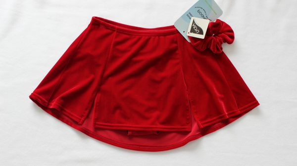 MONDOR Kick Pleat Skating Skirt Ruby Red Ladies Medium