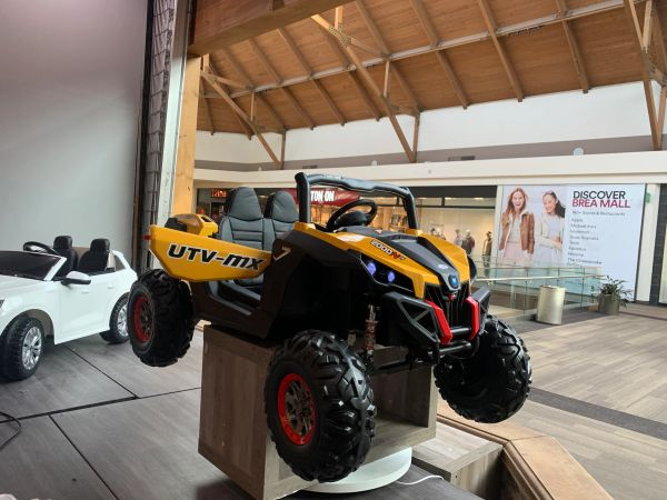 40% OFF Monthly Special Metallic Yellow TOUCH TV , 24v , UTV MX 2000, AGES 2-6 ATV, RAZOR STYLE, PARENTAL REMOTE CONTROL OR PRESS ON PEDAL AND GO.. LEATHER SEAT , RUBBER TIRES , 4WD .