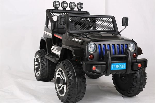 BLACK, 12 V 10A H JEEP STYLE OC DELIVERY AND ASSEMBLY BLUETOOTH, RUBBER TIRES, LEATHER SEATS,4 MOTORS