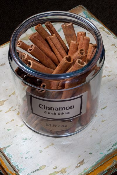 Cinnamon 6 inch stick - by the ounce
