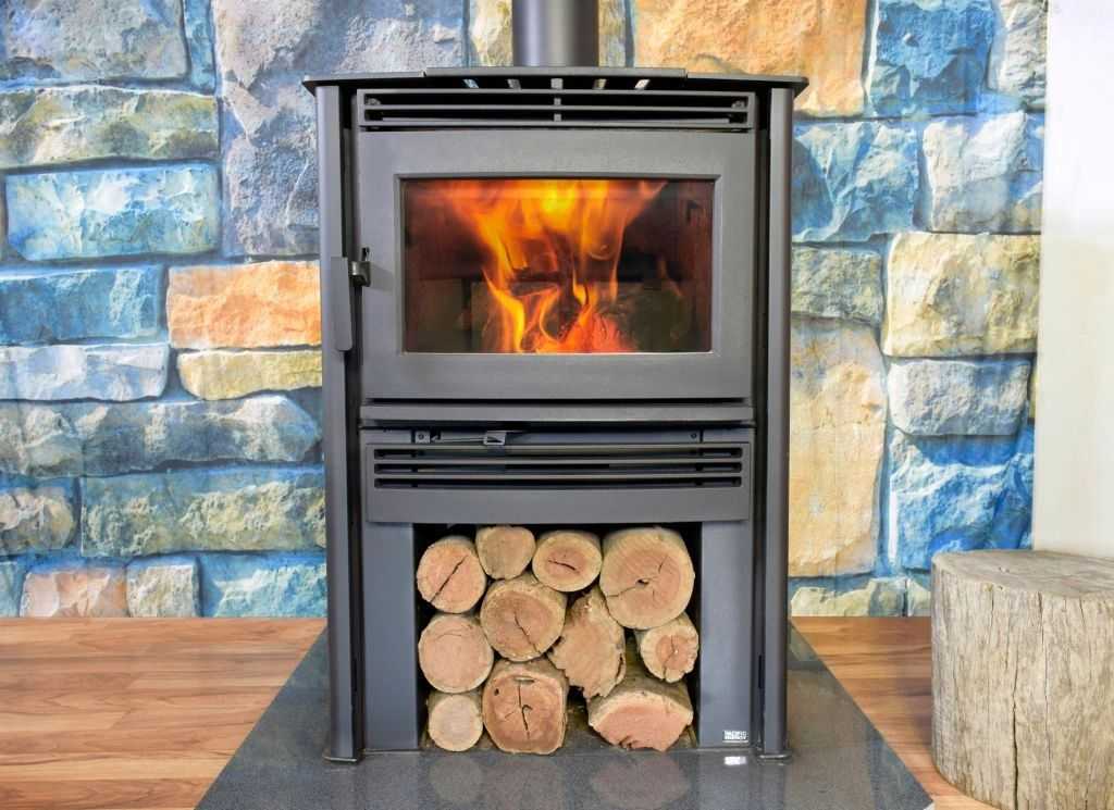 Neo 1.6 - Heats 200-230m2 With an impressive flame pattern  &  perfect height for viewing the fire