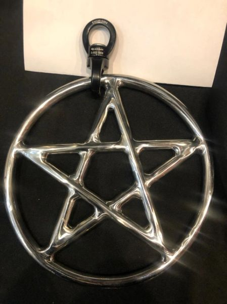 Polished stainless steel star/pentagram shibari suspension ring with spinner