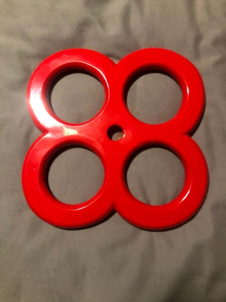 Four Hole Red