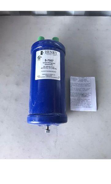 Henry S 7057 Vertical Refrigerant Accumulator New Far